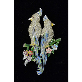 Signed Vintage Signed Brooch Pair of Exotic Parrots Set with White Rhinestones